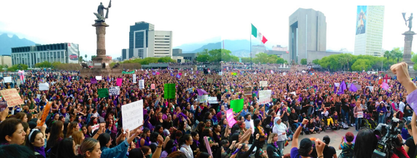 MARCHA-FEMINISTA-EN-PLAZA-DE-LOS-HEROESEN-LA-MACROPLAZA-DE-MONTERREY.png