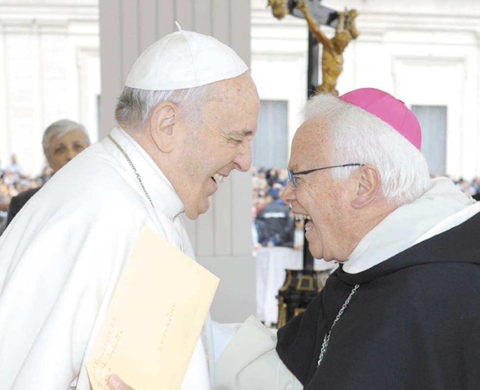 Papa-Francisco-y-Obispo-Raul-Vera.jpg