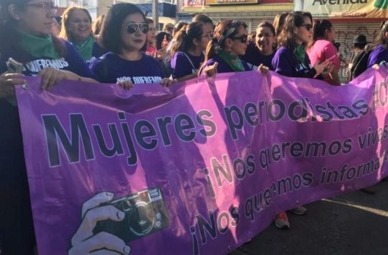 Mujeres-Periodistas.jpg